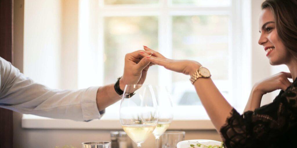 demande en mariage, propuesta de matrimonio, cerere in casatorie