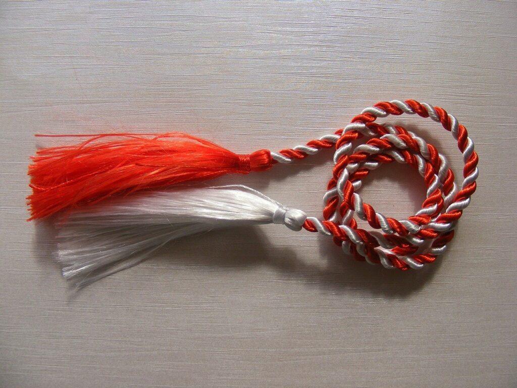 martisor, red, rope