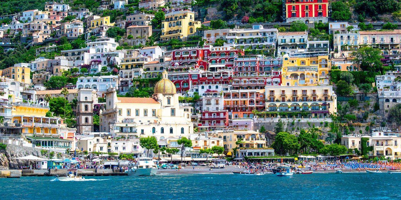 positano, italy, holiday-1615510.jpg